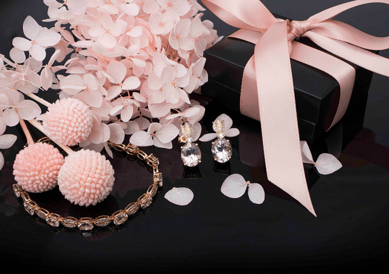 Dazzle their heart with the gift of a lifetime